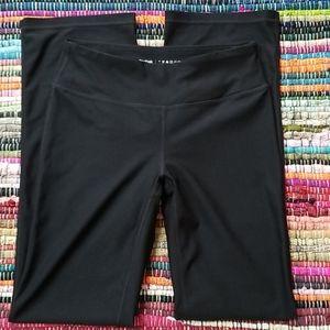 Reebok black bootcut midrise Workout pants